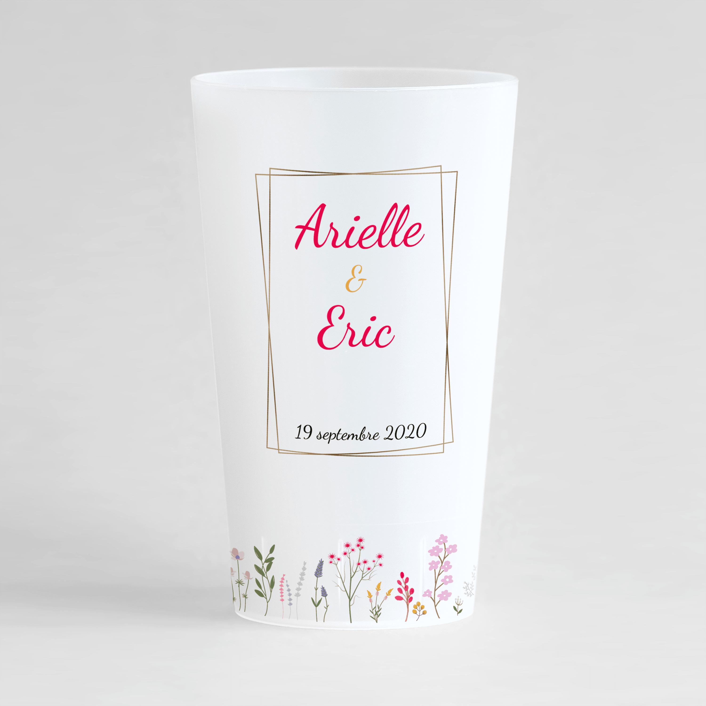 Un ecocup givré de face, personnalisé, avec un thème mariage et fleurs de champs.