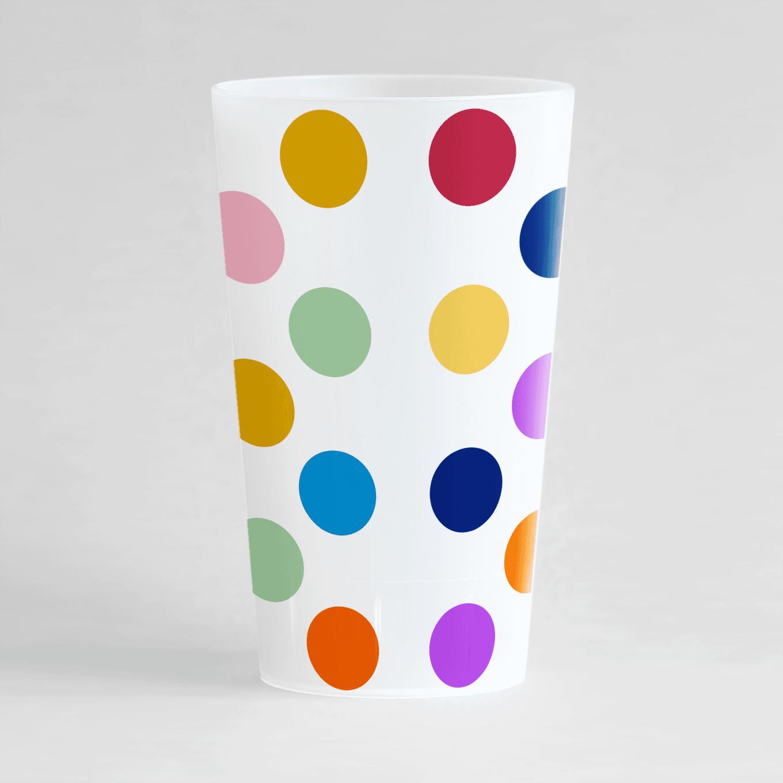 Un ecocup givré de dos avec de gros points multicolores.