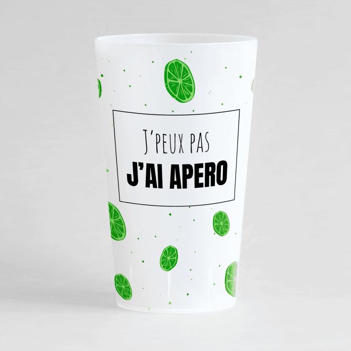 """Un ecocup givré de face avec des motifs citron vert et une inscription """"j'peux pas j'ai apéro!""""."""