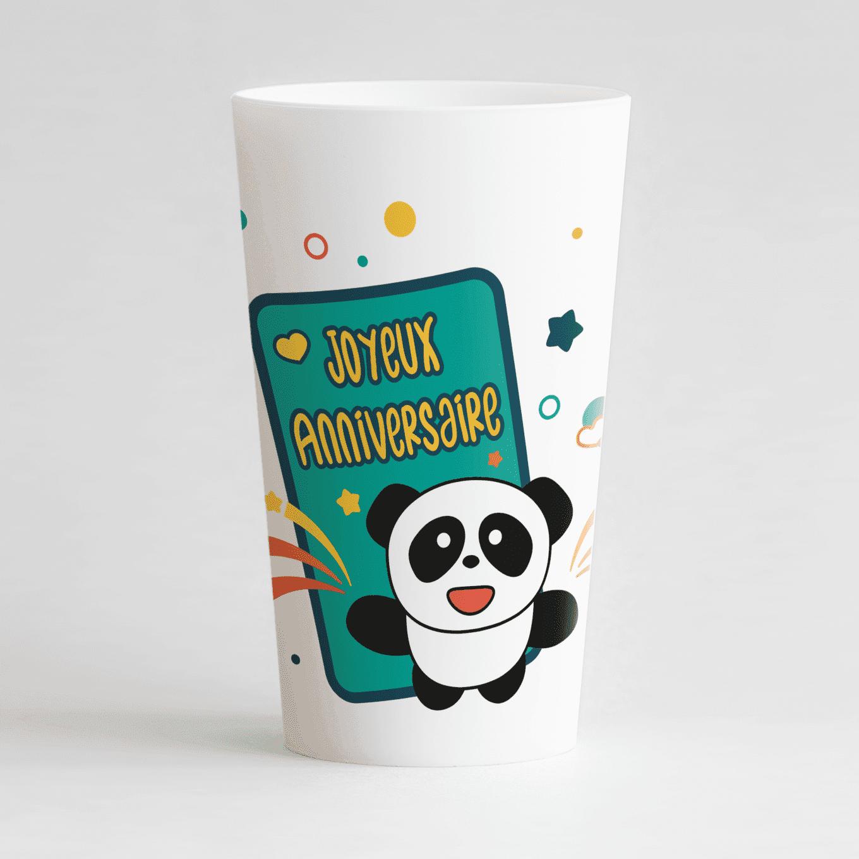 Un ecocup blanc de face avec un panda et une pancarte joyeux anniversaire, personnalisable avec prénom et âge.