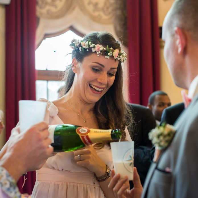 Champagne dans un Ecocup