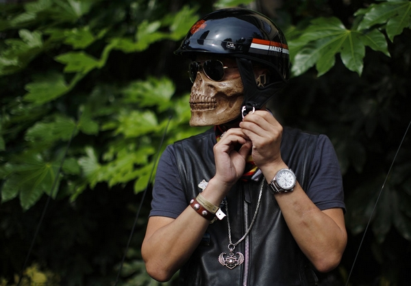 Must-have  le casque façon Ghost Rider pour tout biker qui se respecte