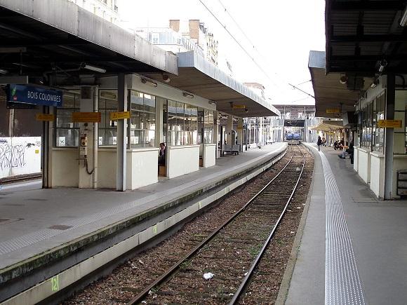 Gare_de_Bois-Colombes_03