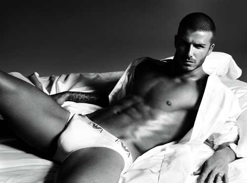 david_beckham_slip_pub_armany_photo