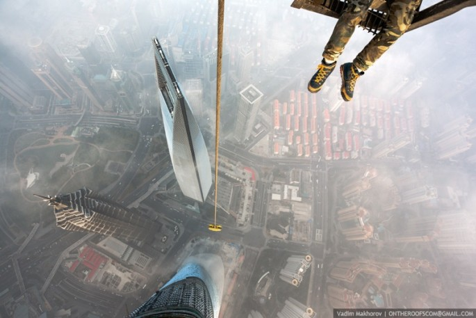 On-the-Roofs-Shanghai-Tower-07-685x457