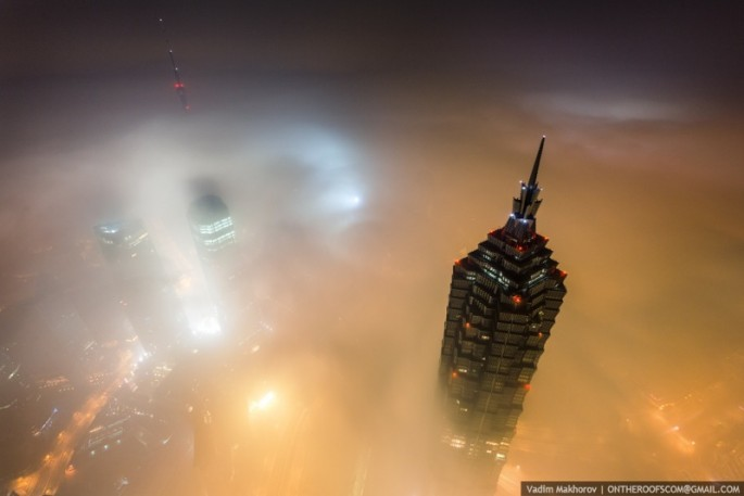 On-the-Roofs-Shanghai-Tower-15-685x457