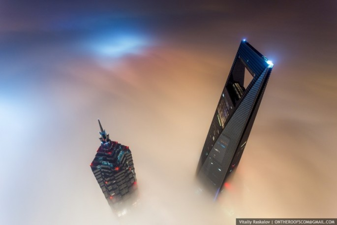 On-the-Roofs-Shanghai-Tower-18-685x457