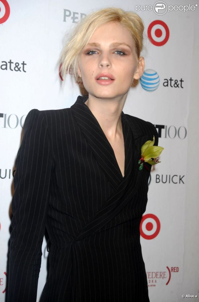 760054-le-mannequin-andrej-pejic-a-new-york-637x0-3
