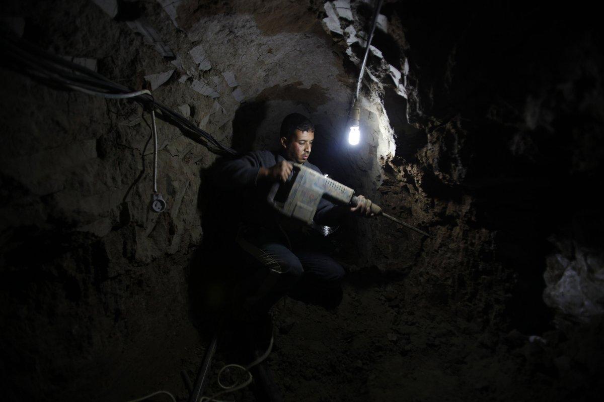 tunnel-gaza01
