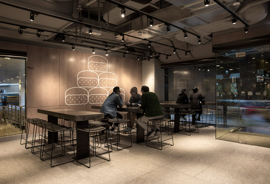Non-Design-McDonalds_Landini-Associates_Hong-Kong_dezeen_936_17