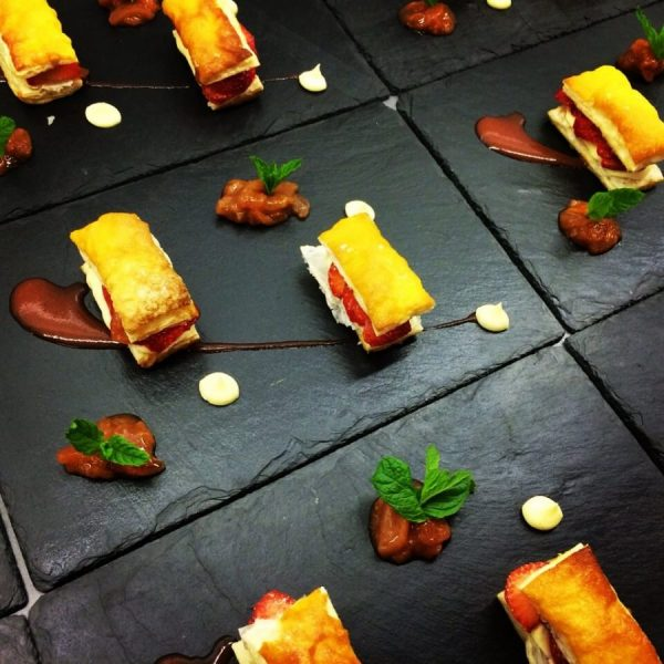 Fingerfood Erdbeer-Mille-Feuille ~ FLOW THE KITCHEN