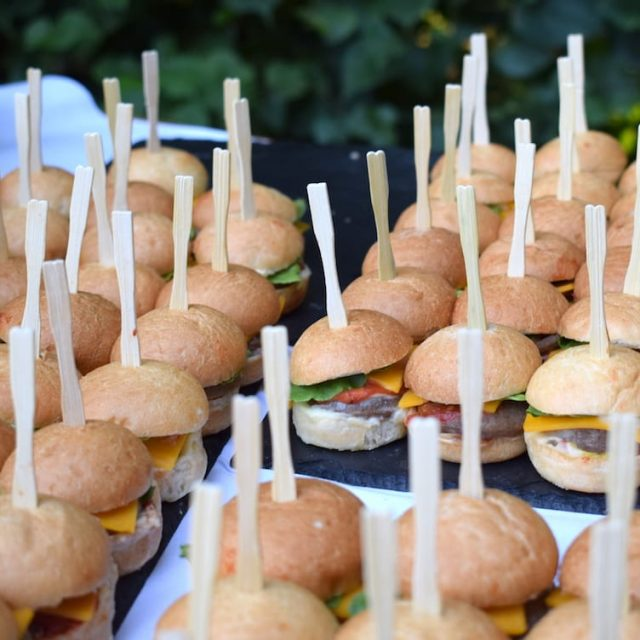 BBQ Barbecue - Grillbuffet - Mini Burger Catering.