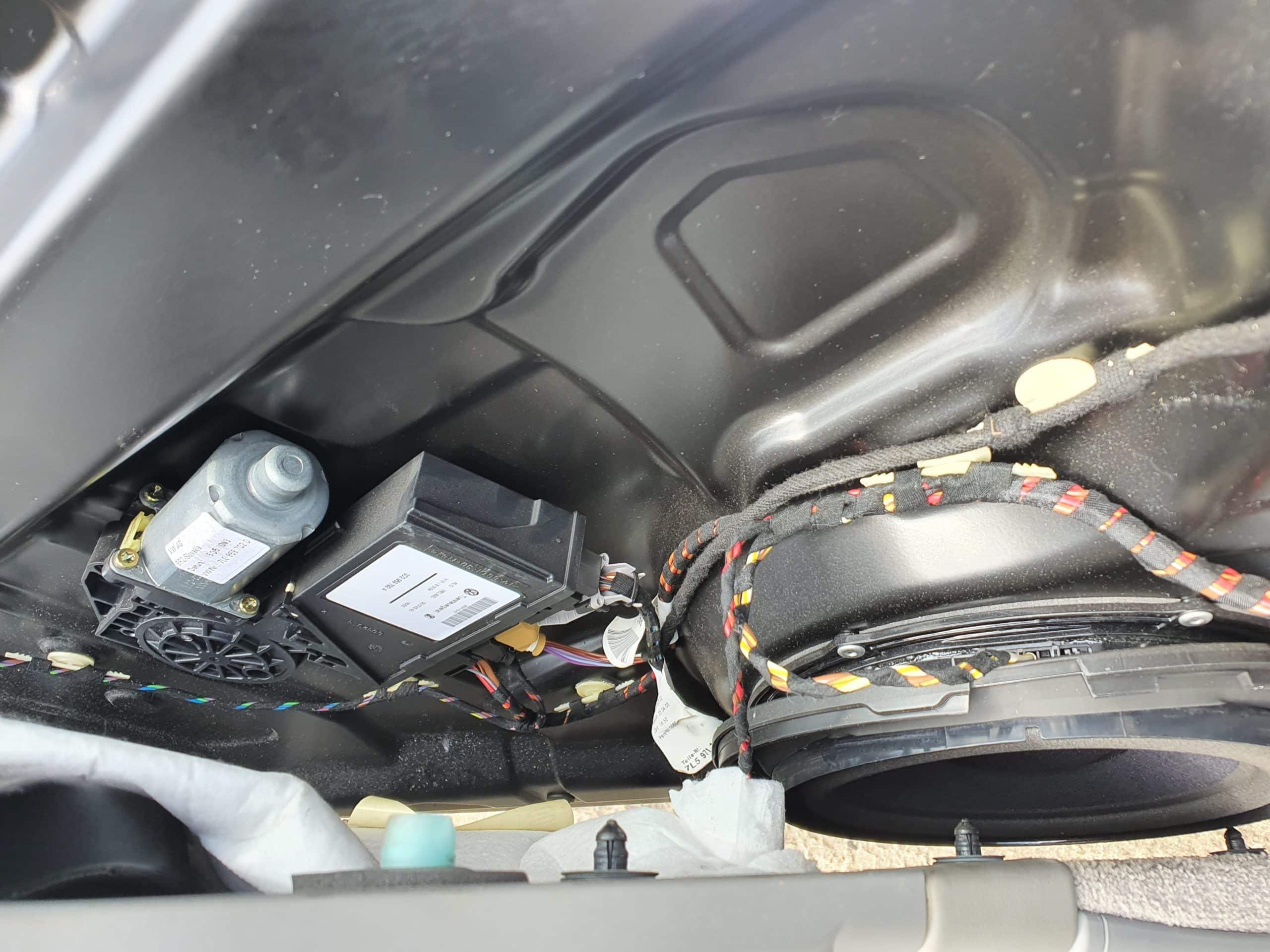 Porsche auto electrical