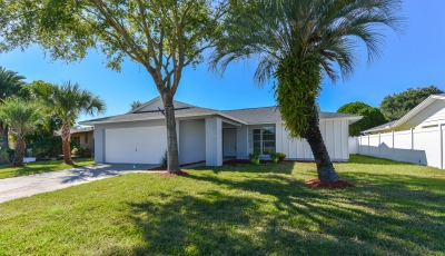 2474 Moore Haven Dr E Clearwater FL 33763 – 4 Bed / 2 Bath – $335,000 3D Model