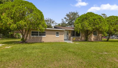 5763 Crestmont Ave Clearwater FL 33760 – 4 Bed / 2 Bath $249,900 3D Model