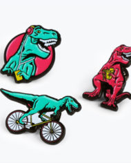 M16159_T-Rex_PinBadges_Grey_3
