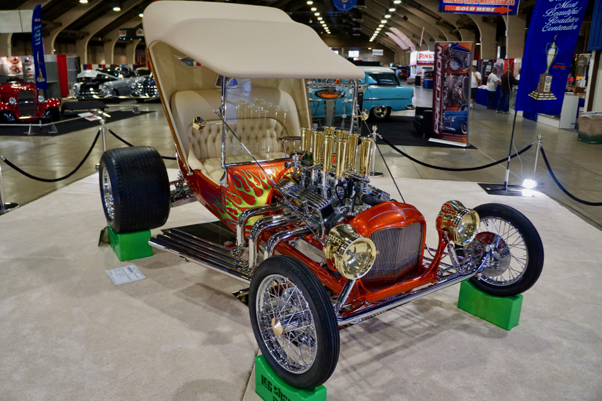 Leg Show T AMBR Contender GNRS 2020 America's Most Beautiful Roadster (52)