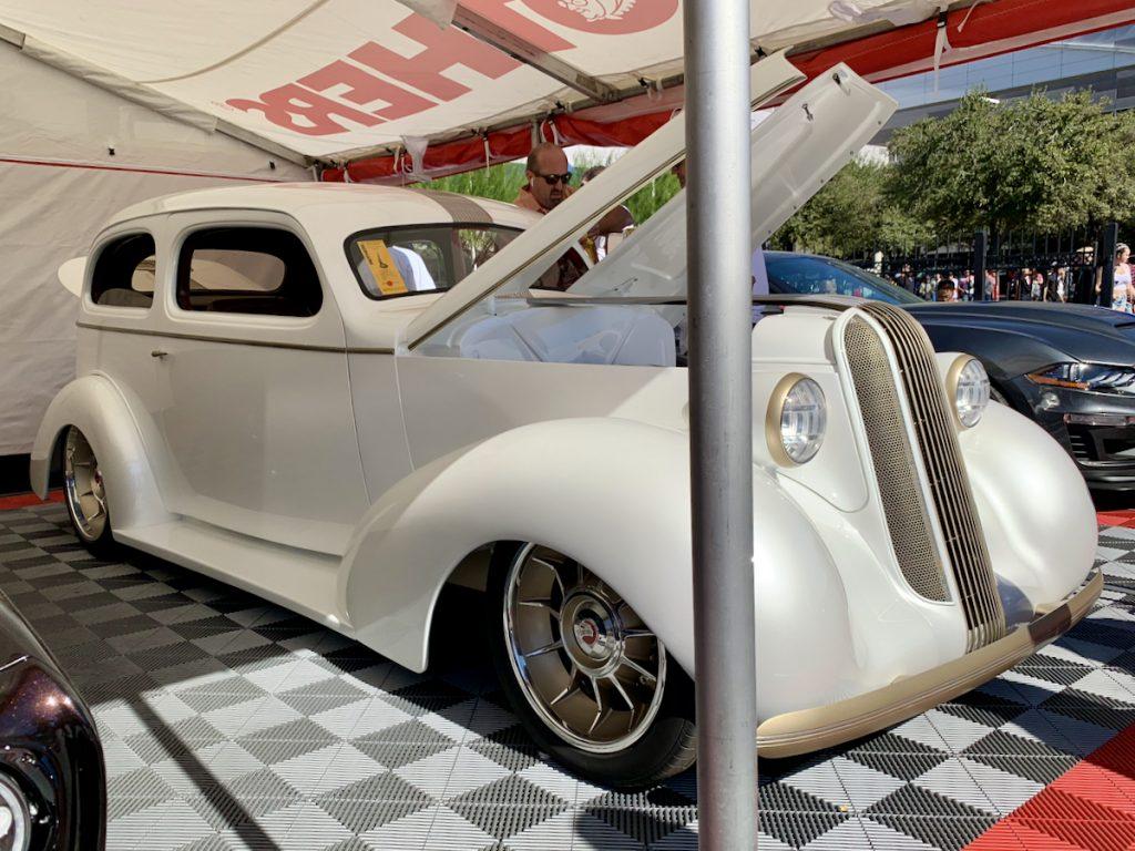 1936 Pontiac Pindian Legens Hot Rod Shop