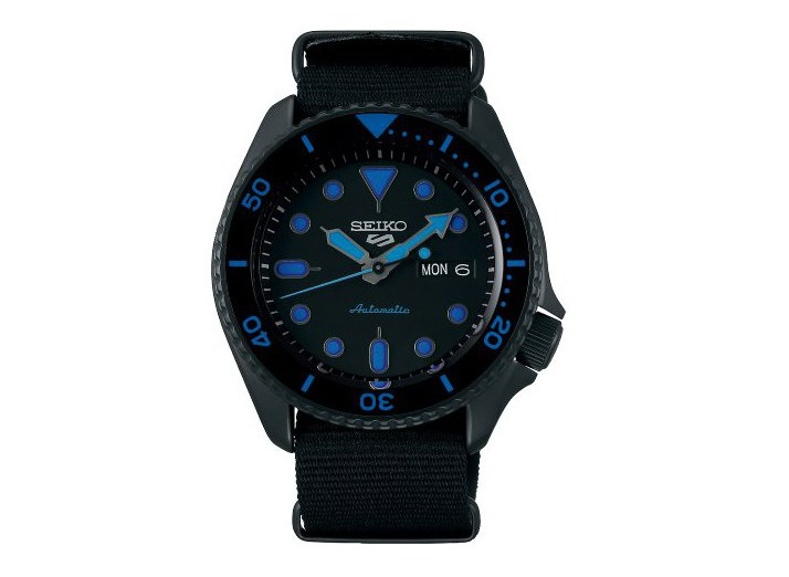 Seiko 5 Sports Gents Watch SRPD81K_0