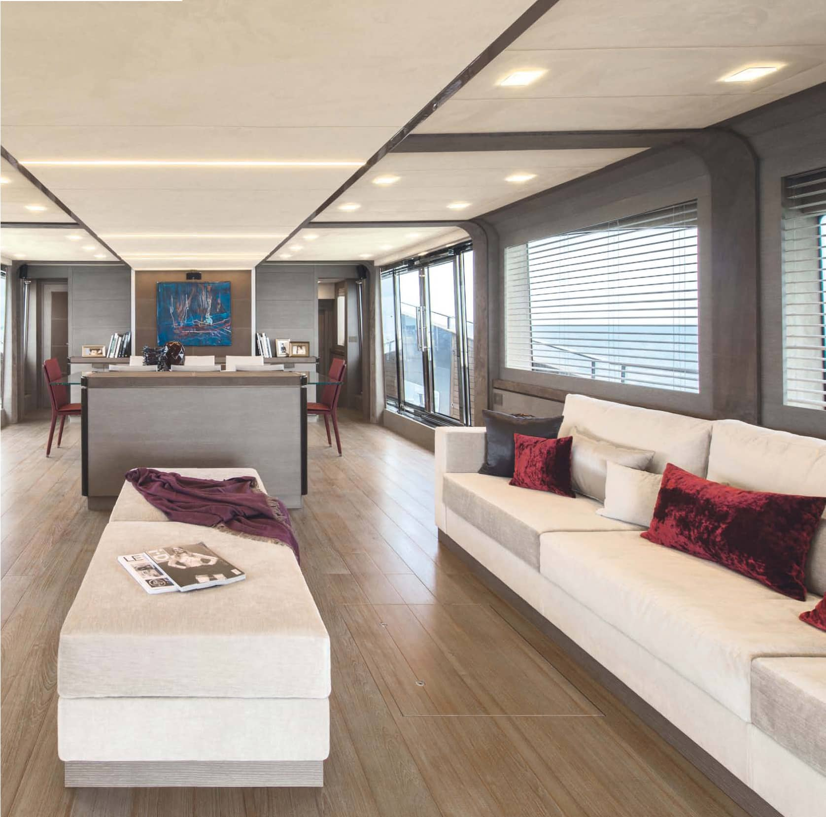 Monte Carlo Yachts MCY 105: the flagship