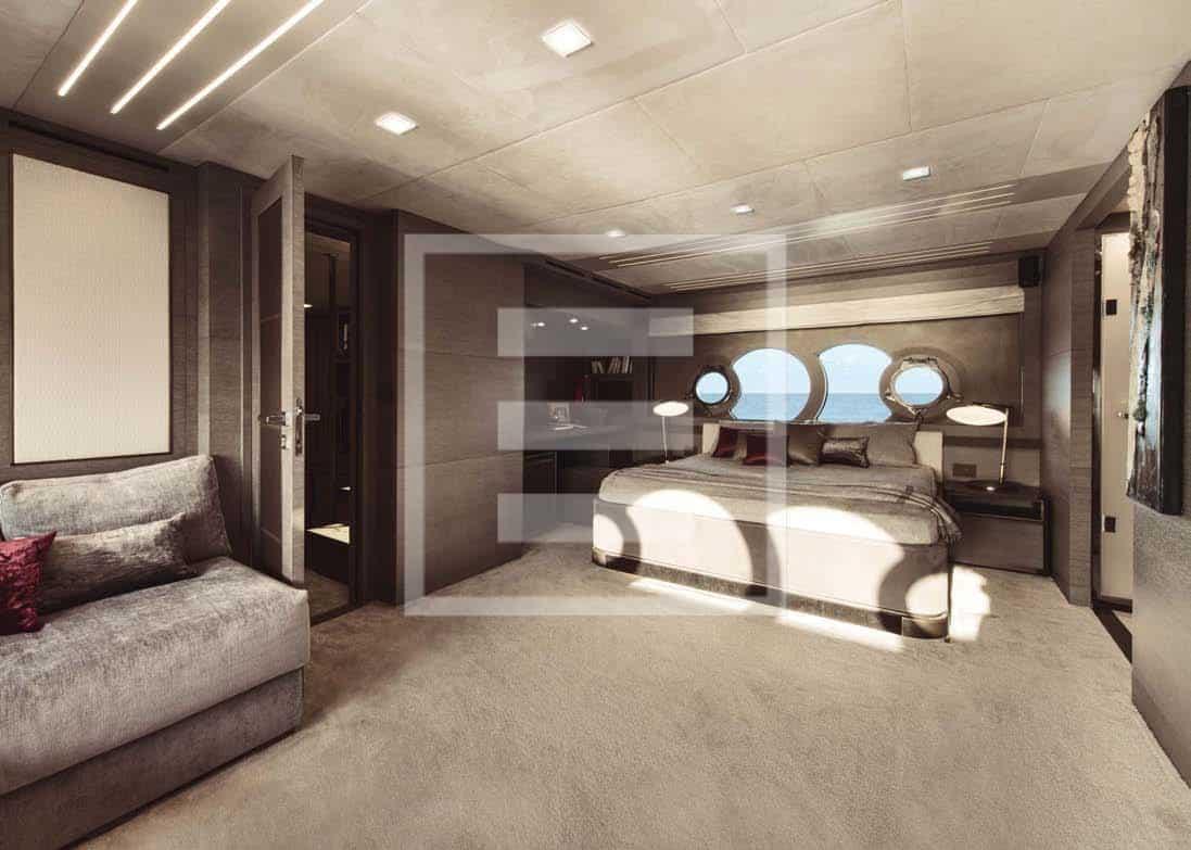 Monte Carlo Yachts MCY 105: una delle due Vip destinate agli ospiti