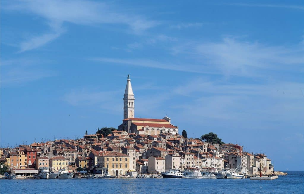 Vacanze in barca e crociere nel Mediterraneo per tutte le tasche