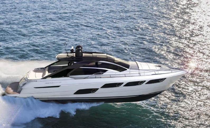 Pershing 5X: ecco lo yacht che abbina velocità e design