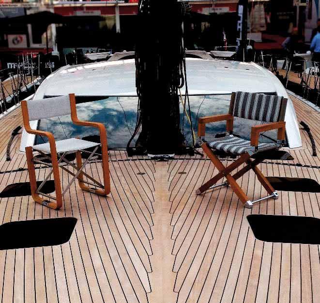 Foresti & Suardi punta su legno e ottone per i mobili outdoor