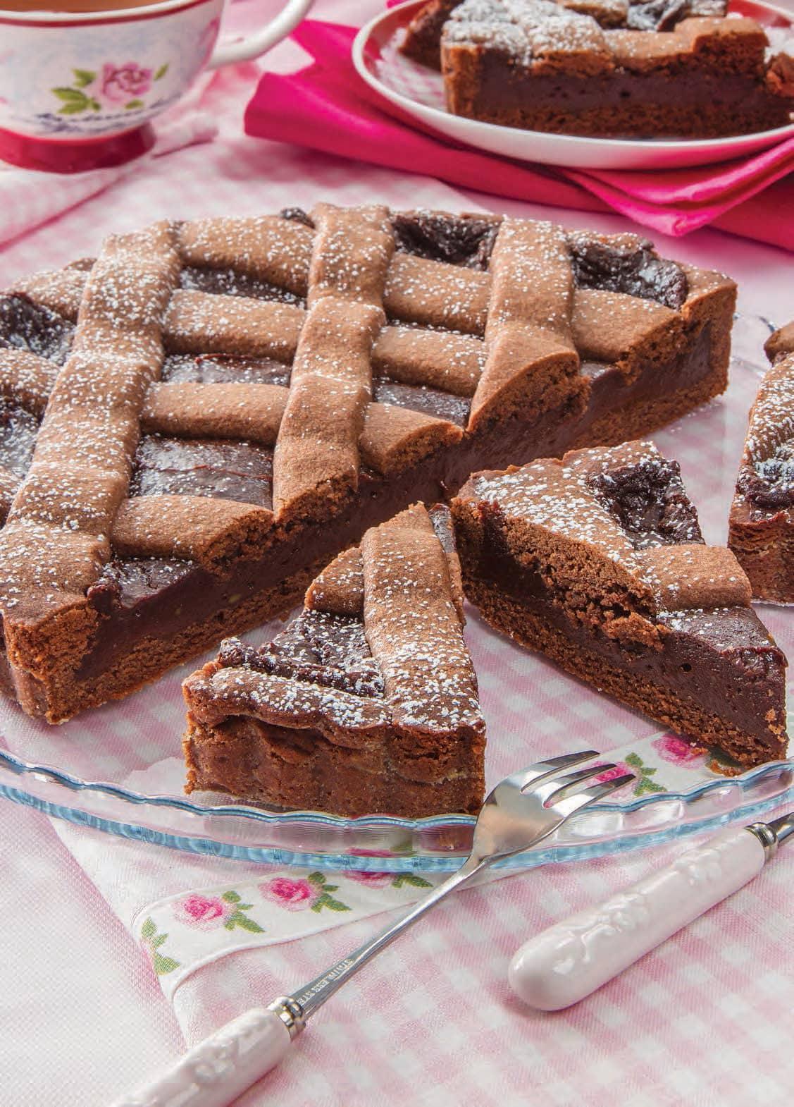 Crostata con crema al cioccolato e rum