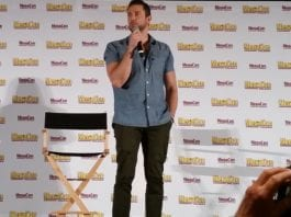 Zachary Levi at Megacon 2019