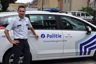 politiechef en dienstwagen