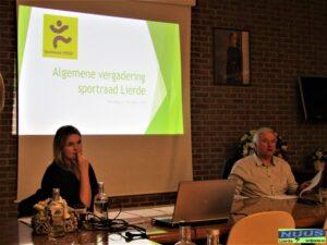 """voorstelling """"sportersbelevenmeer-award"""" op AV sportraad te Lierde"""