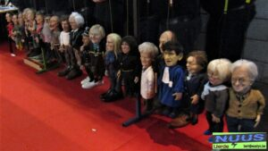de poppen van 't Spelleke van Lierde op een rijtje