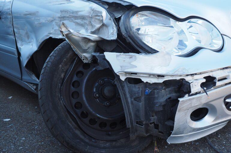 Ongevalwagen ter illustratieletselongevallen.