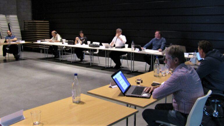 Eerste gemeenteraad na lockdown in Lierde.
