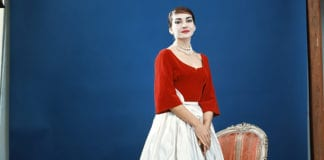 maria by callas standing