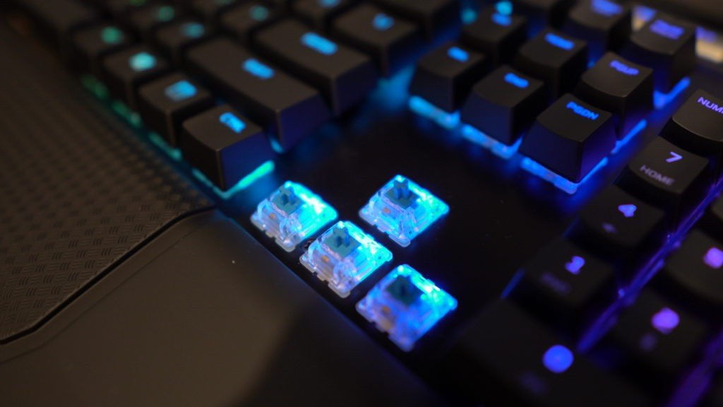 C0026T01 1024x576 - HyperX Alloy Elite RGB Review