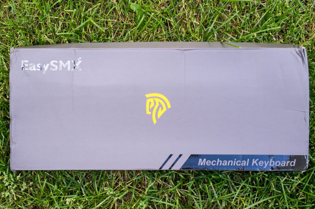 Look1 1024x682 - EasySMX Backlit Mechanical Keyboard Review