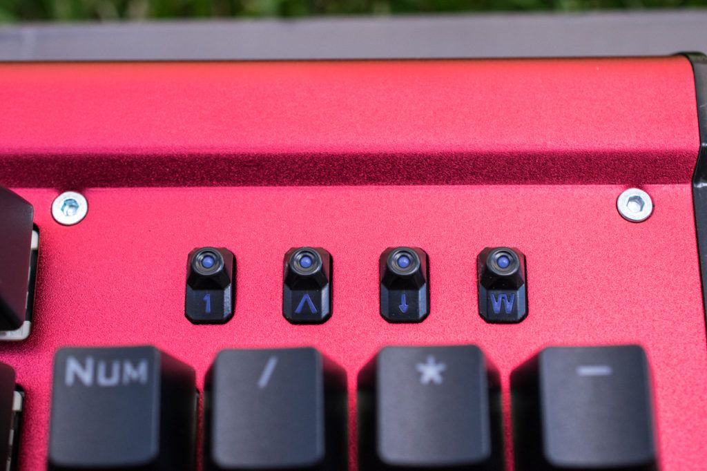 Look6 1024x682 - EasySMX Backlit Mechanical Keyboard Review