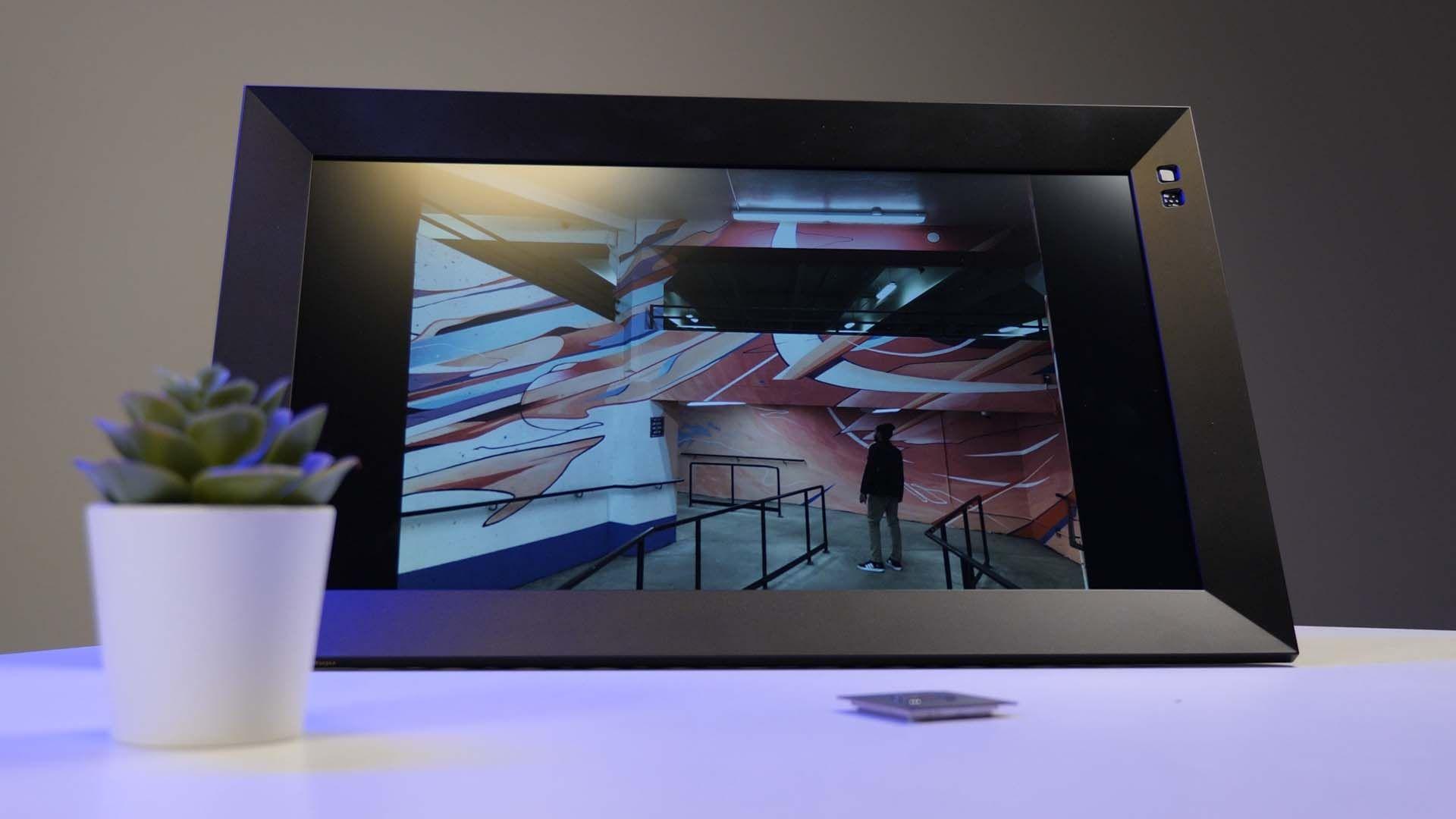 Nixplay N Main - Nixplay N Smart Photo Frame Review