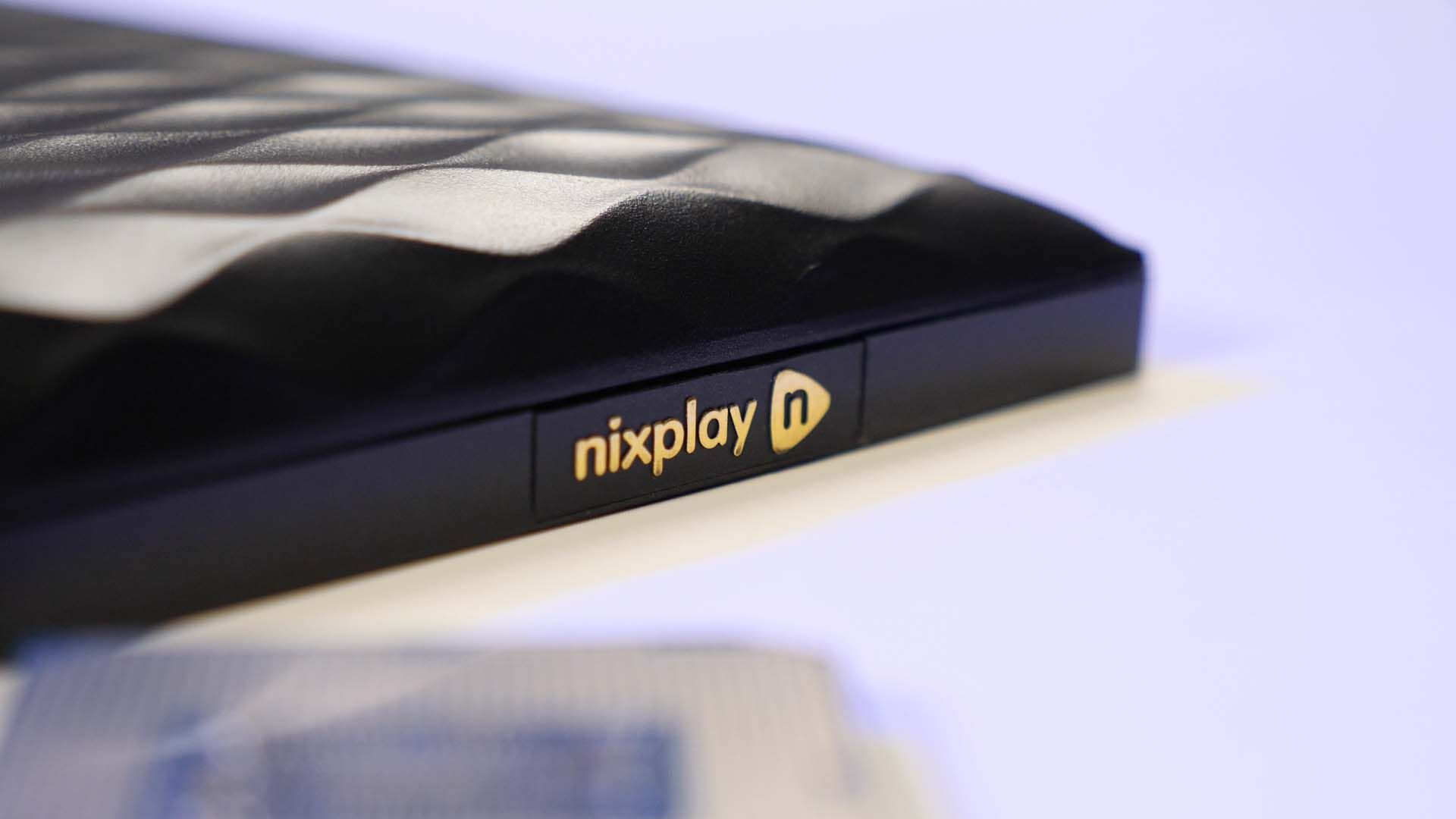 Nixplay N Side 2 - Nixplay N Smart Photo Frame Review