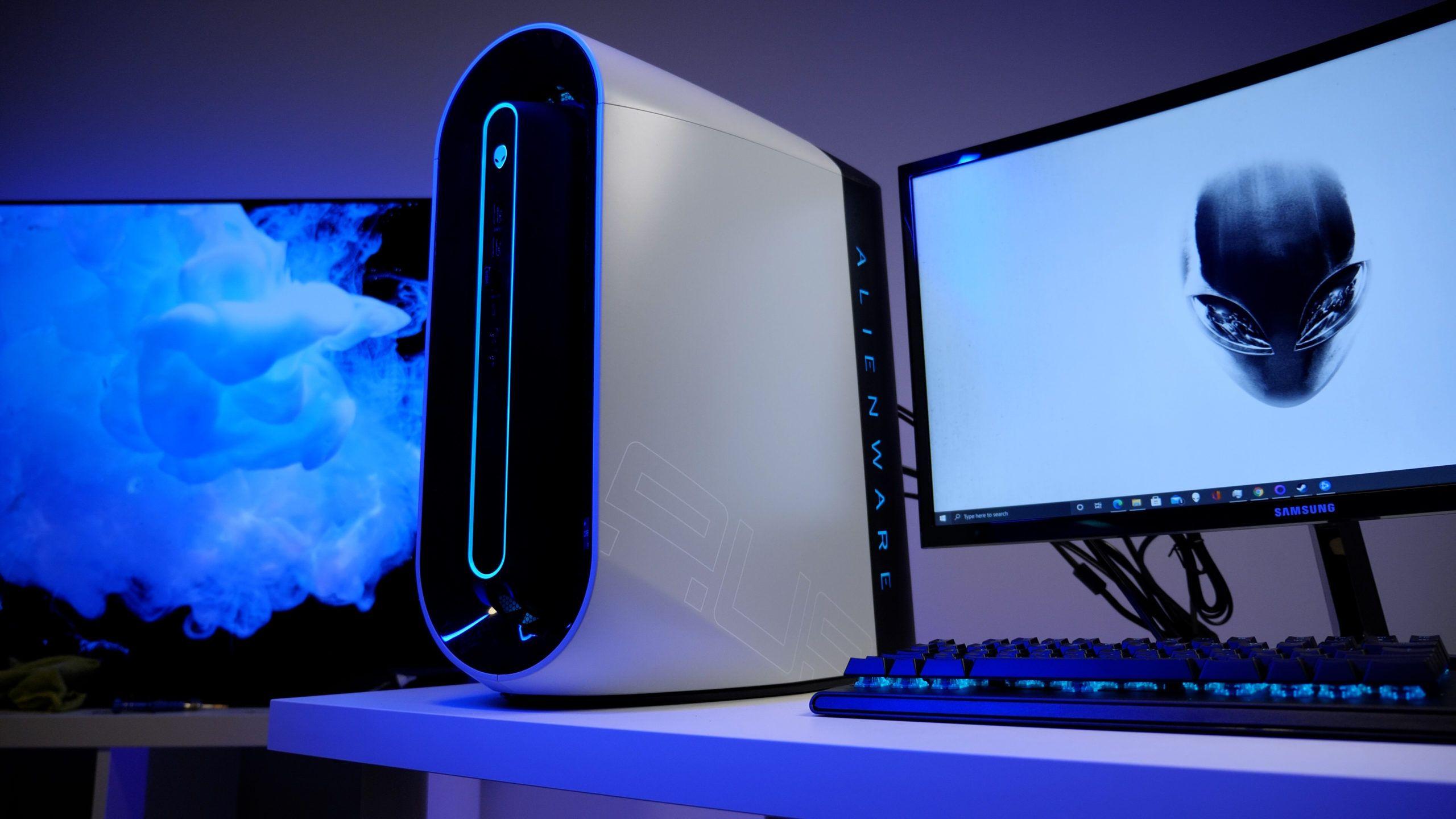 Alienware R12 Full Setup scaled - Alienware Aurora R12 Review