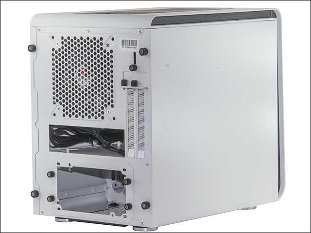 ang2 - BitFenix Phenom Case Review
