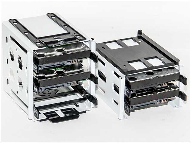 hdd cages - BitFenix Phenom Case Review