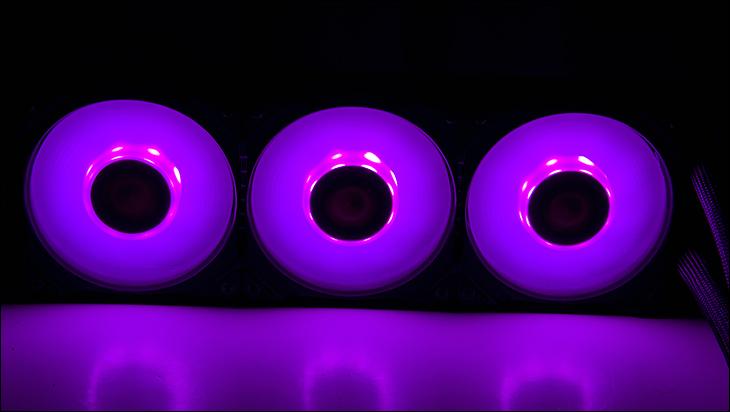 glow - Gigabyte Aorus WaterForce X 360 Review