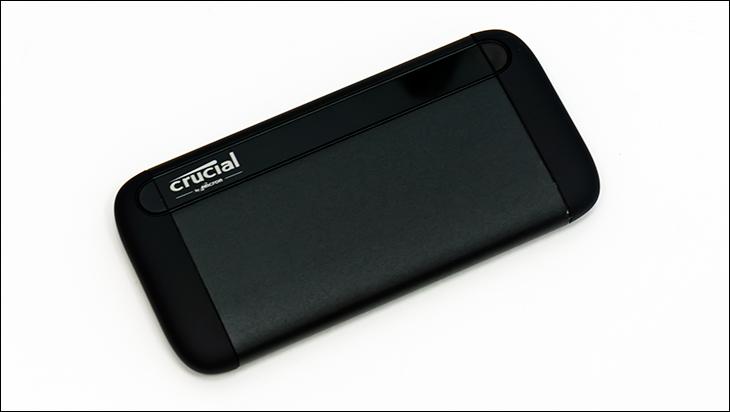 Crucial X8 2TB top - Crucial X8 2TB External SSD Review