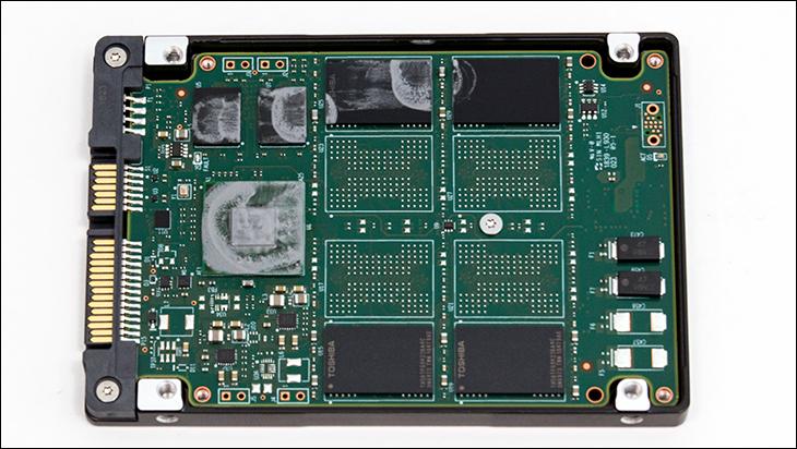 Seagate IronWolf 110 SSD open1 - Seagate IronWolf 110 SSD Review