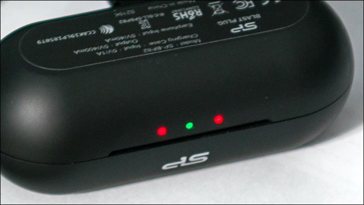 Silicon Power BP82 glow - Silicon Power Blast Plug BP82 Review