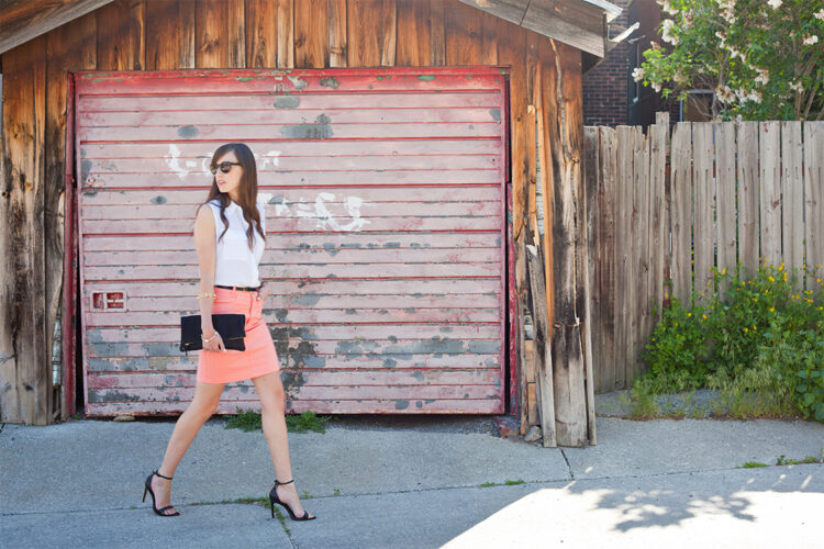 Style Bee in Peach pencil skirt, white blouse, black heels, blet and clutch