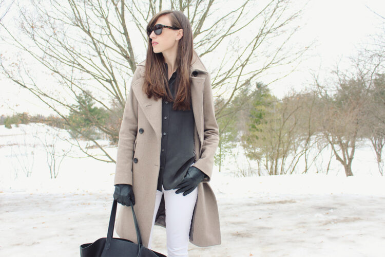 Style Bee in a neutral winter look.